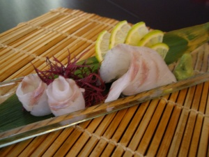 sashimi de corvina